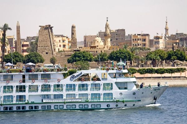 La vallée du Nil , Les rives du Nil , Egypte