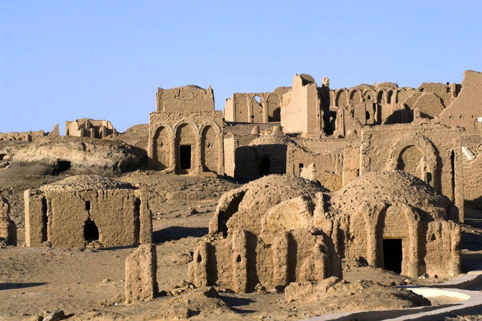 Les ruines de Kharga, L'oasis de Kharga, Les sites, Egypte