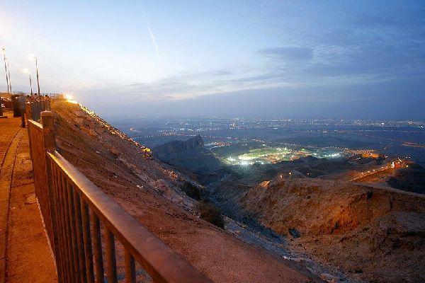 Die Oase Al-Ain , Dubai und die Emirate