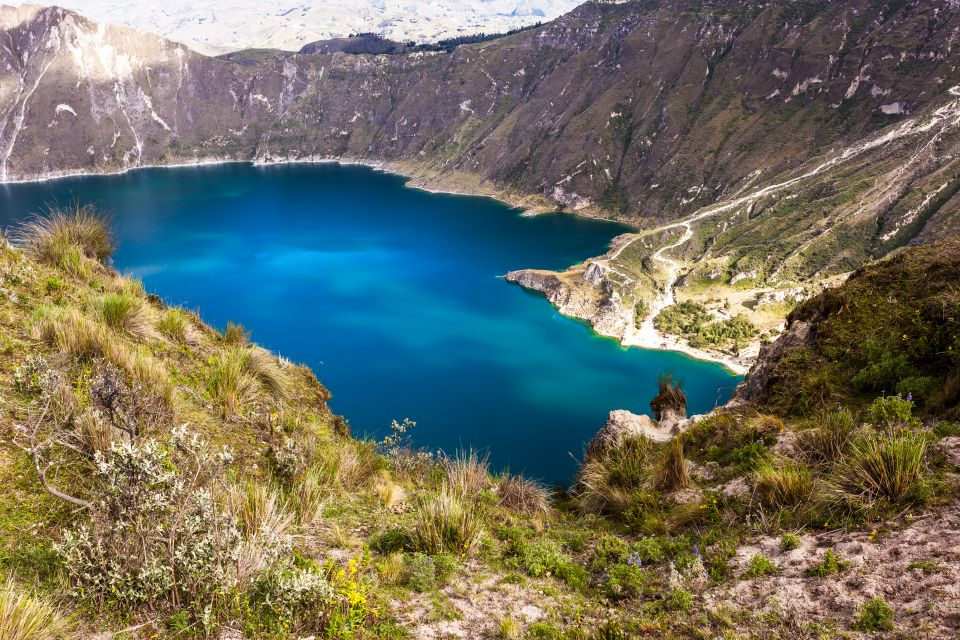 An unforgettable view of the lagoon, The Quilotoa Lagoon, Landscapes, Ecuador and Galapagos Islands