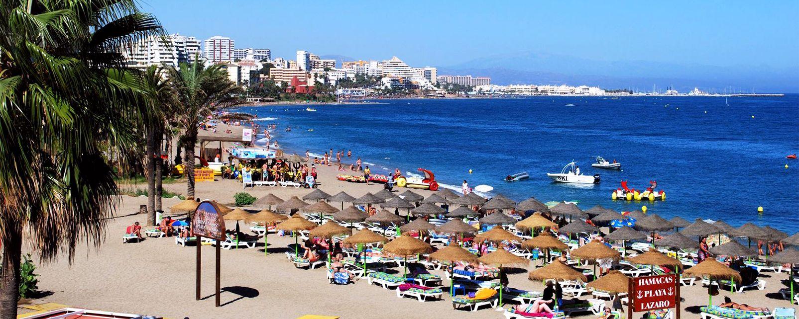 La playa de Benalmádena, Costa del Sol - Benalmádena, Las costas, Andalucía