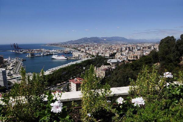 Costa del Sol , Málaga , La gran ciudad de la región: Málaga , España
