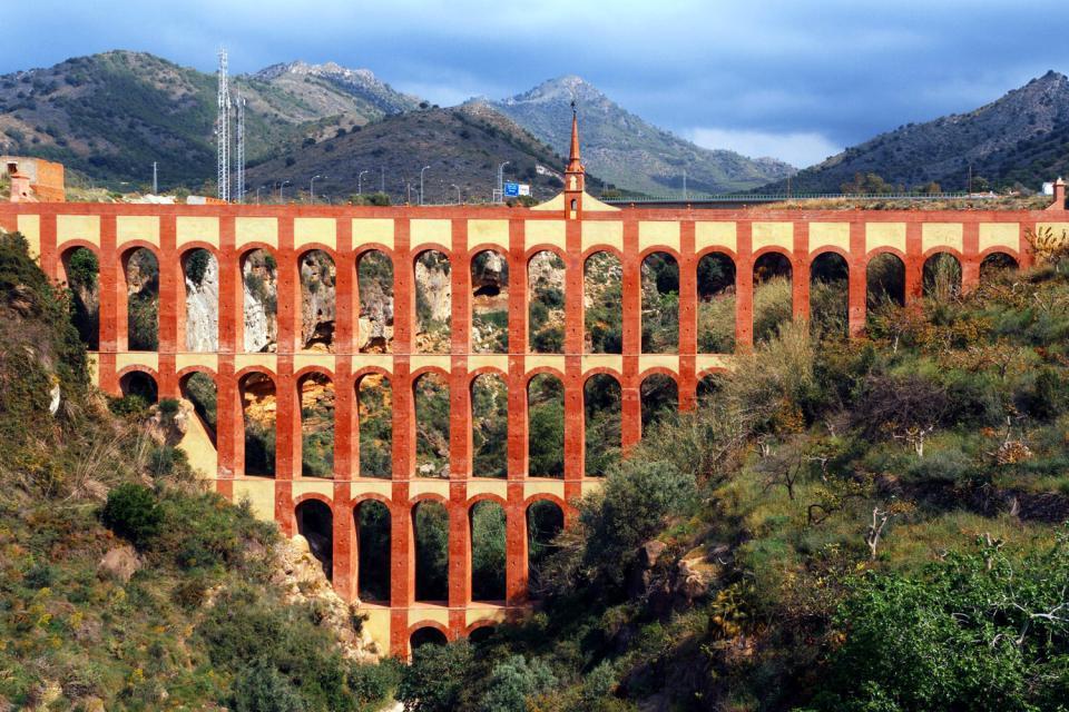 Costa del Sol , Nerja , Acueducto Romano de Nerja , España