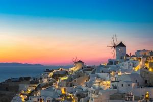 Vacances à Santorin : dès 116€ le vol A/R pour une semaine en Grèce !