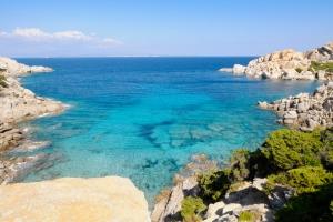 Séjour en Sardaigne : dès 191€ la semaine, vol A/R et hébergement insolite compris !