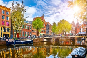 Séjour aux Pays-Bas : dès 230€ les 5 jours à Amsterdam, vol A/R et hôtel inclus !