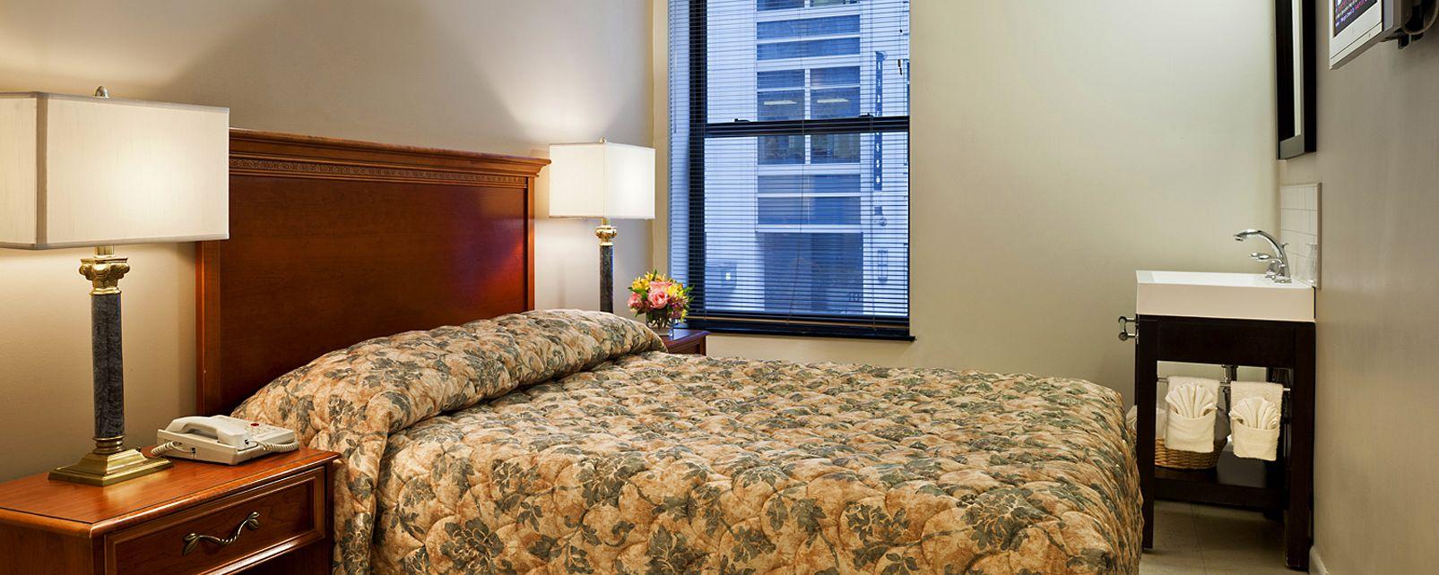Hotel Americana Inn
