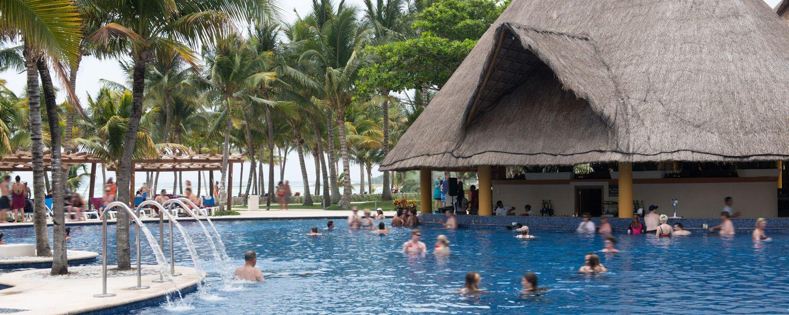 Hotel Barcelo Maya Beach Resort