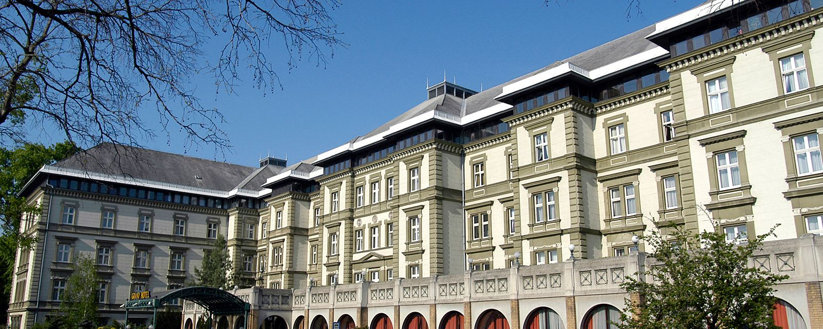 Danubius Grand Hotel Margitsziget Booking