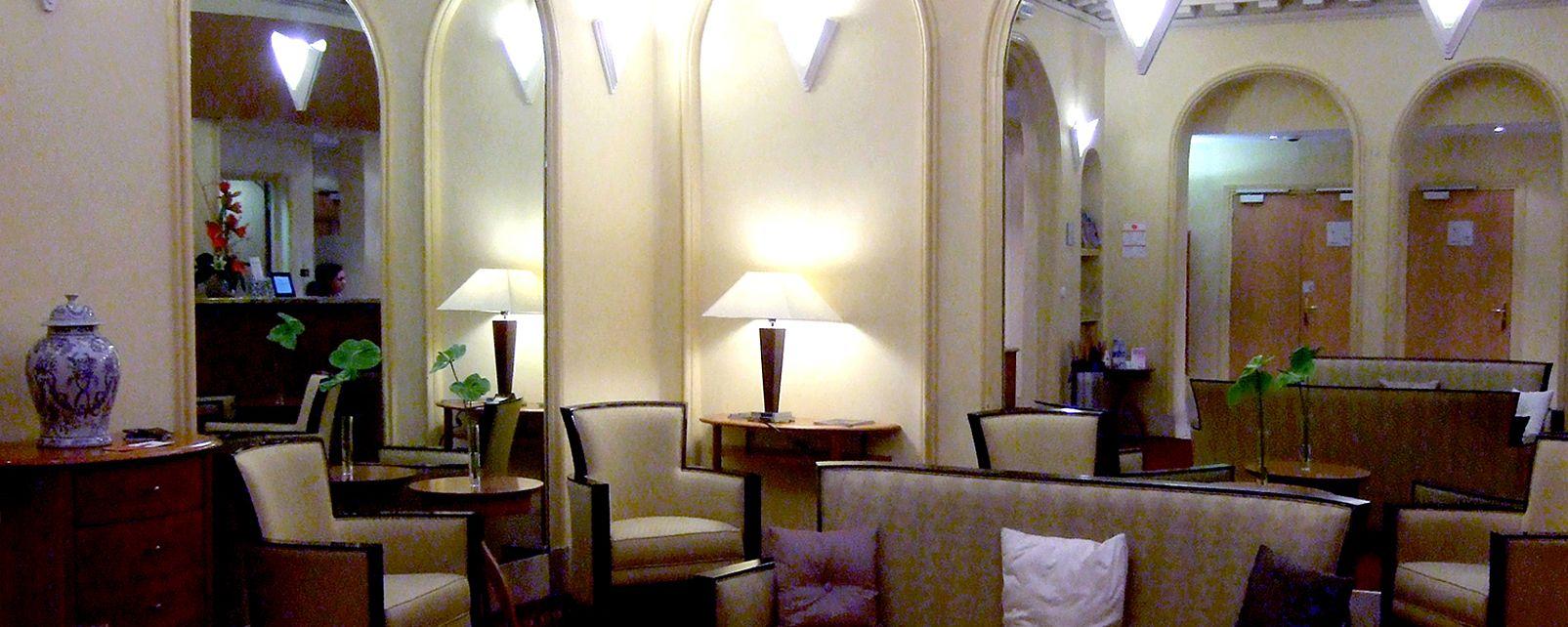 Hotel citadines apart 39 louvre paris for Apart hotel citadines