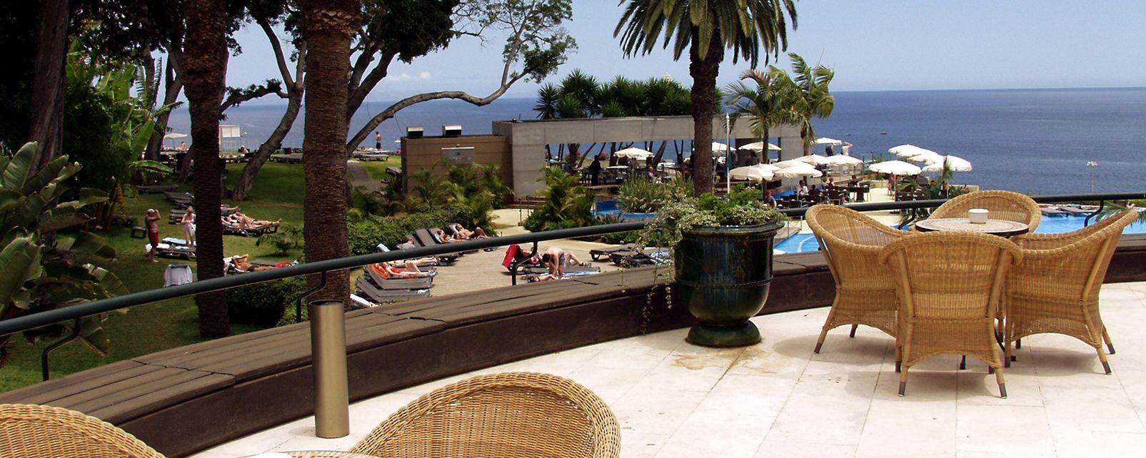 restaurants near pestana casino park funchal