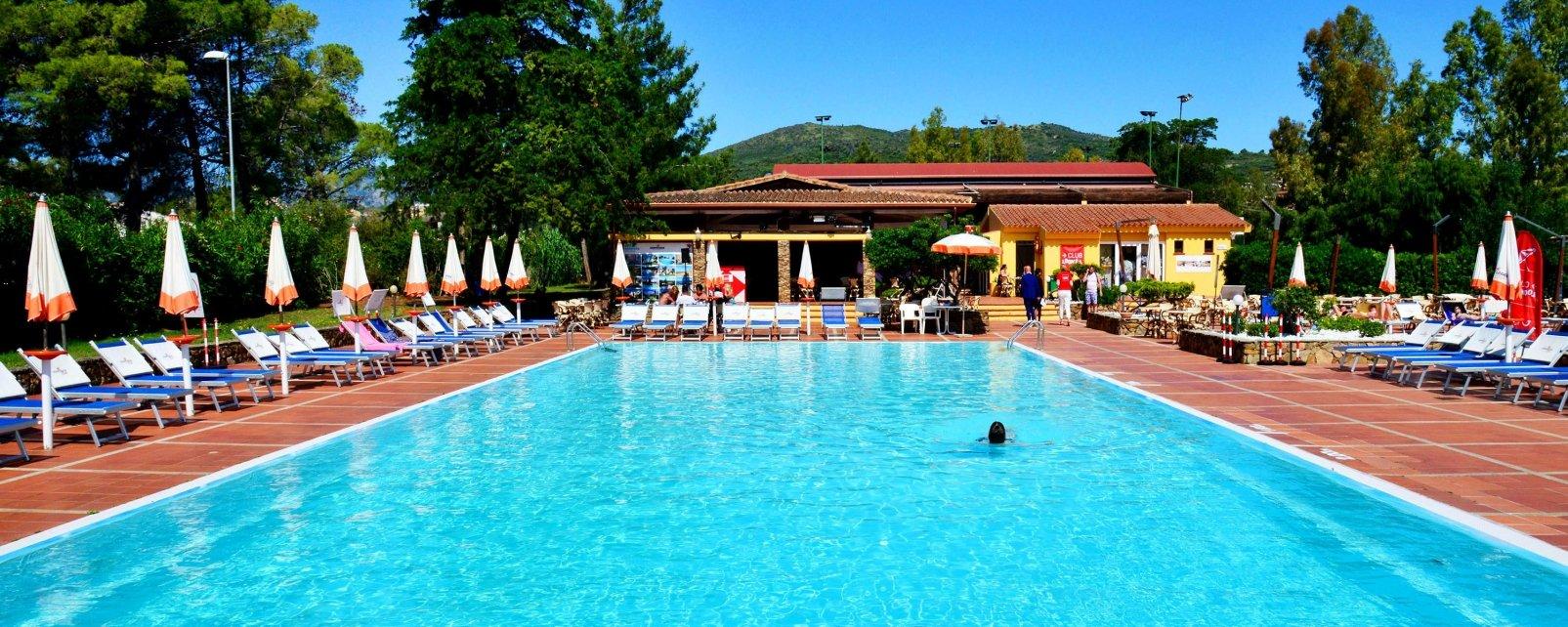 Hotel agrustos village budoni sardegna italia for Hotel sardegna budoni