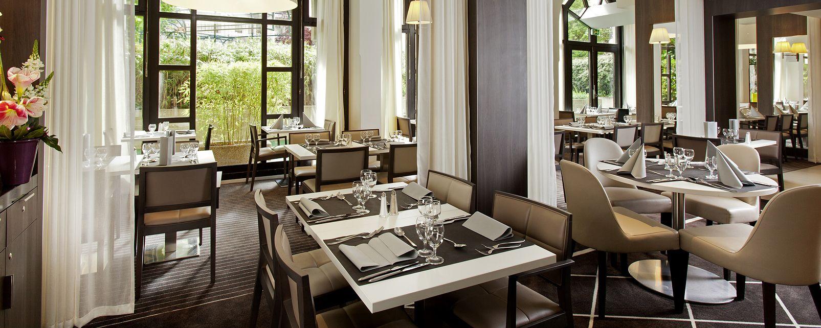Hotel mercure porte de versailles expo in paris france for Porte de versailles paris