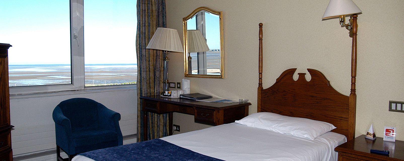 Hotel Tara Towers Hotel