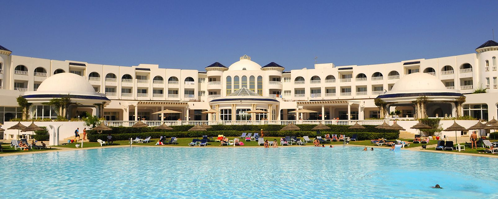 Hotel Golden Tulip Taj Sultan