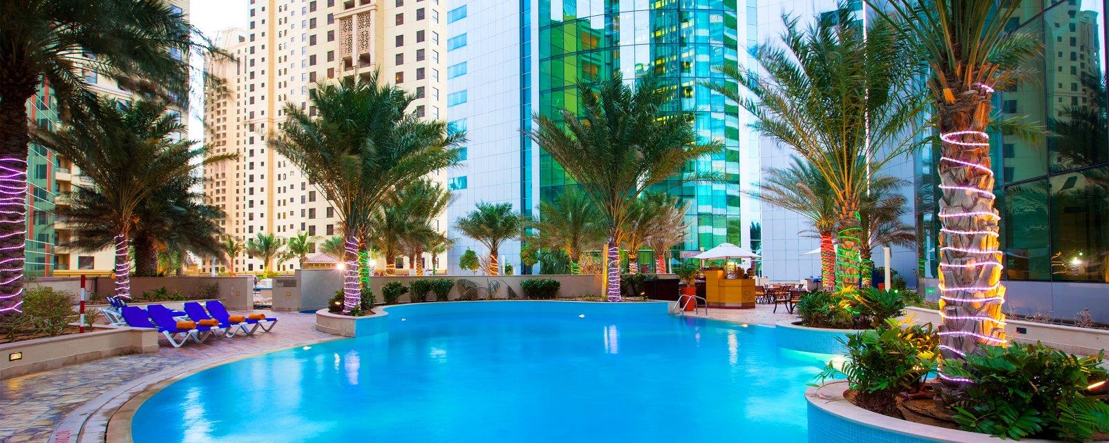 Hotel Oasis Beach