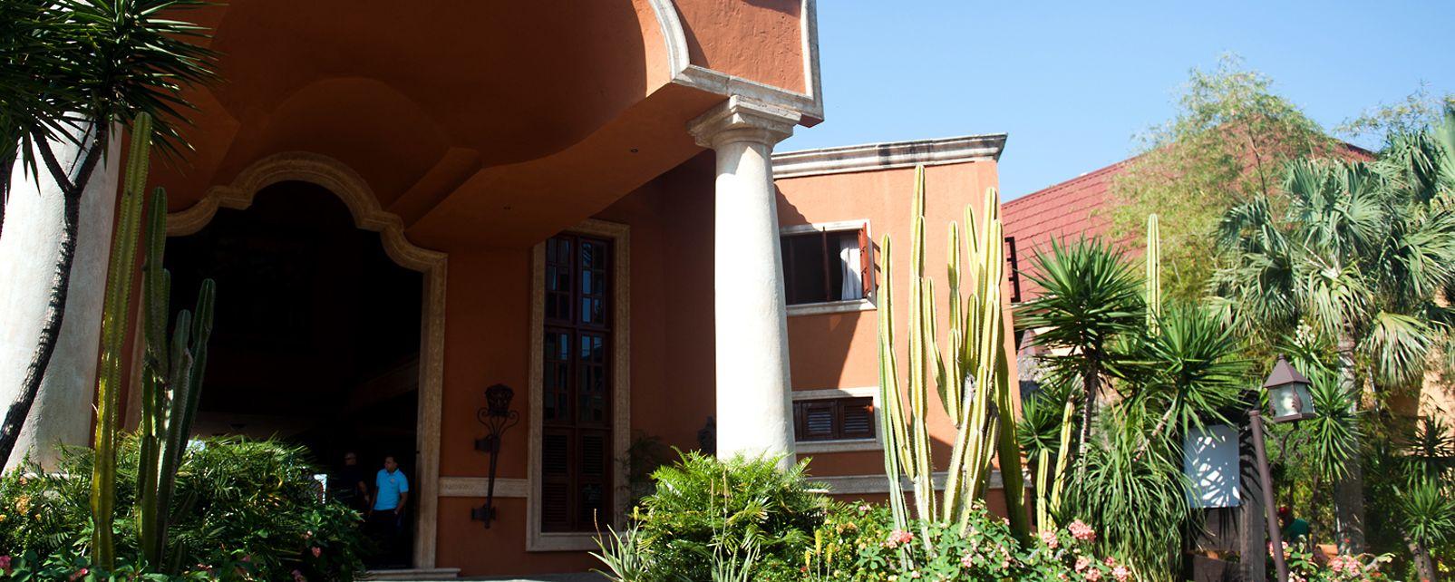 Hotel  Topacio Azul
