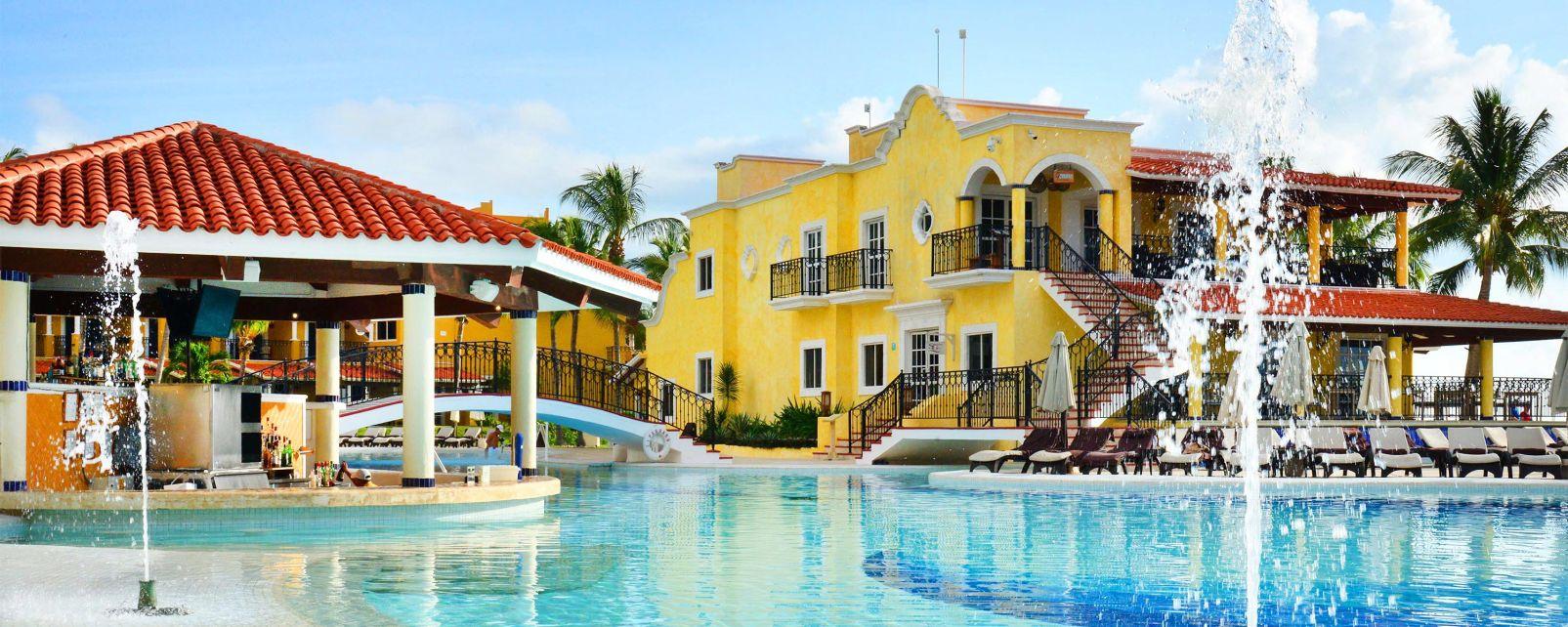 Hotel Secrets Capri Riviera