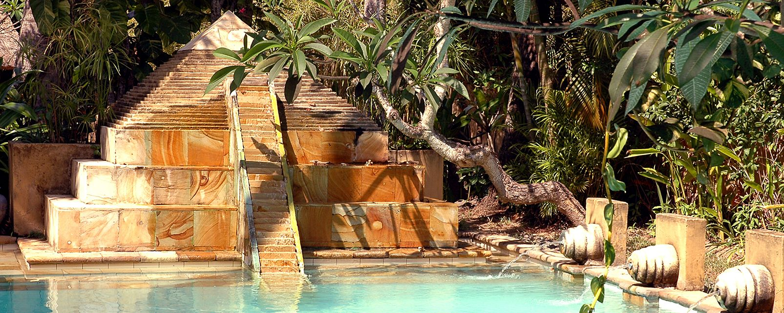 Hotel Waka Maya