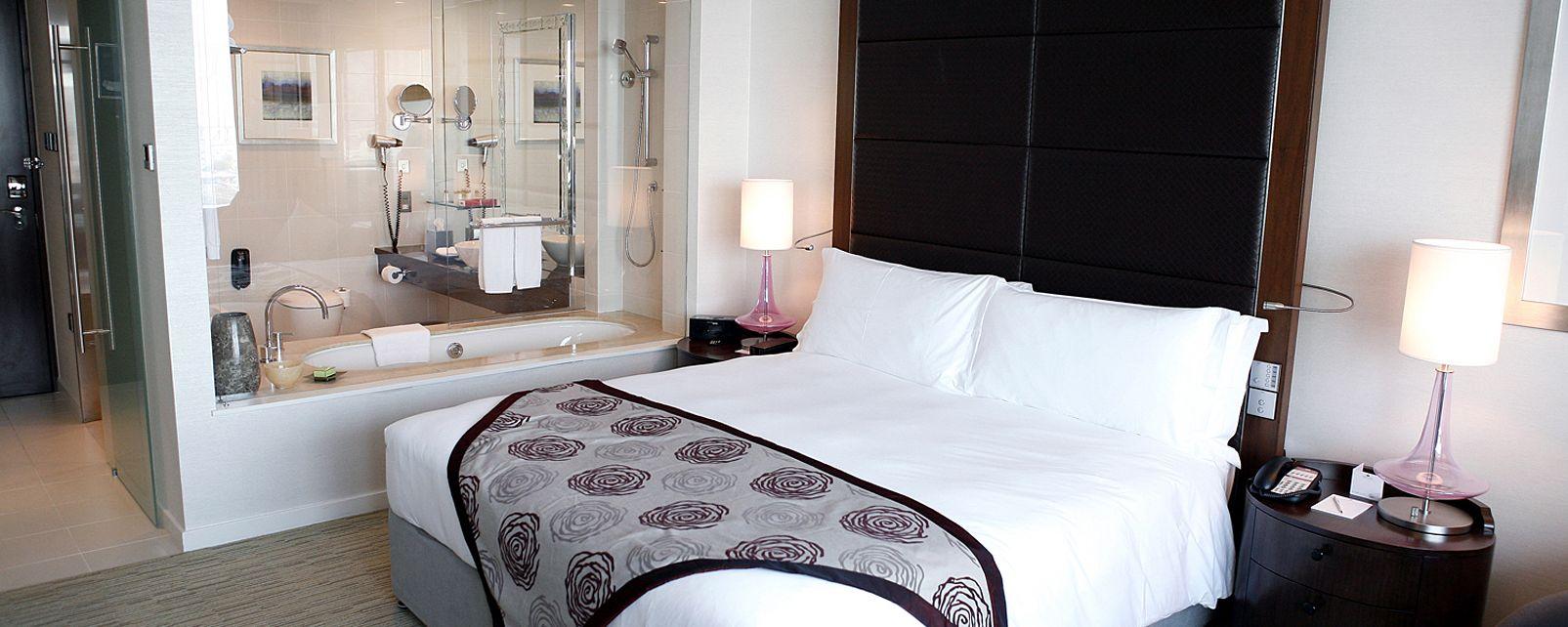 Hotel Crowne Plaza Festival City