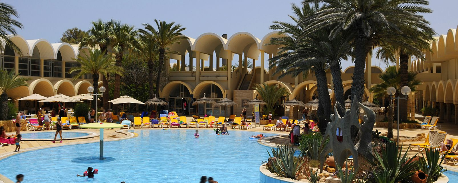 Hotel club m dahlia dar djerba in djerba tunisia for Hotels djerba