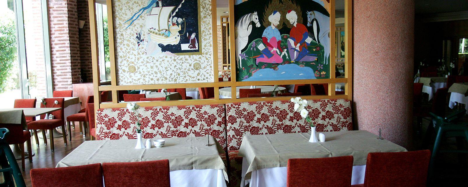 Hotel Gloria Verde Resort And Spa