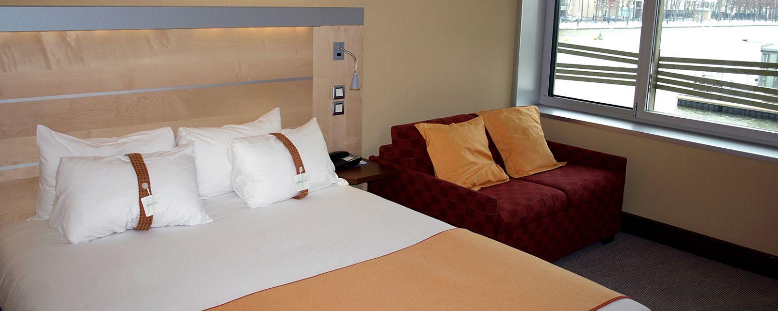 Hotel Express by Holiday Inn Paris - Canal de la Villette