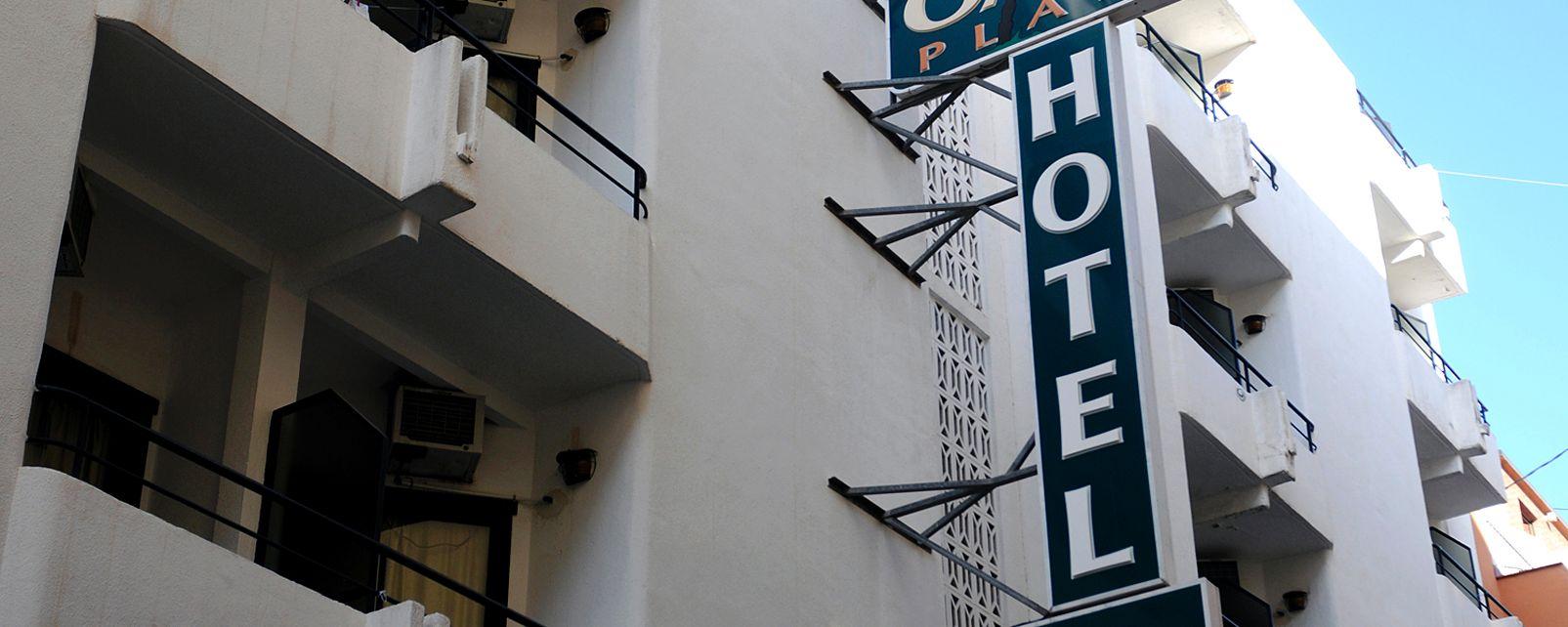 Hotel Oasis Plaza