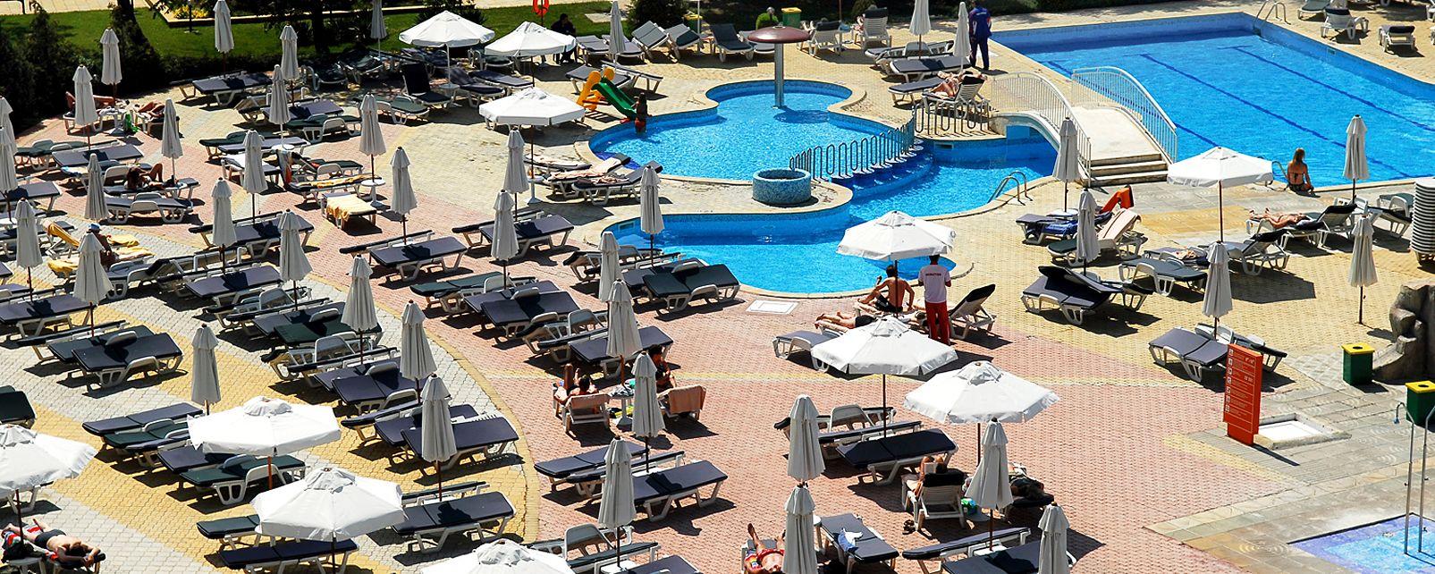 Hôtel DIT Evrika Beach Club Hotel