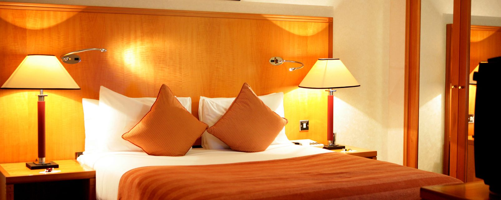 Hotel Jolly St Ermins