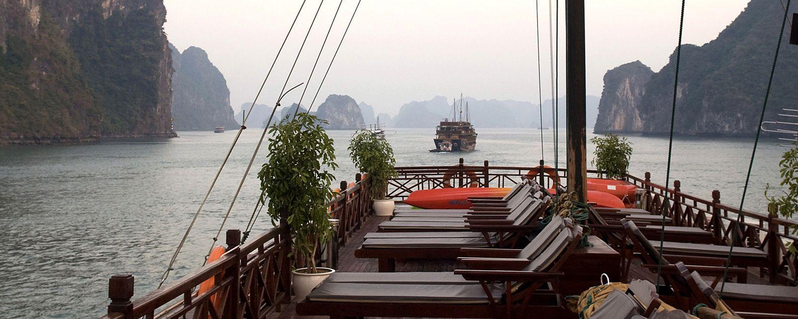 Hotel Baï-Tho 99 bateau