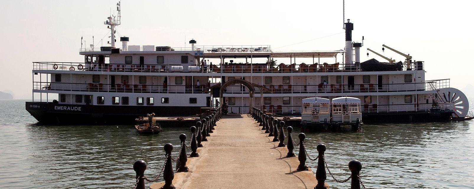 Hotel Emeraude bateau