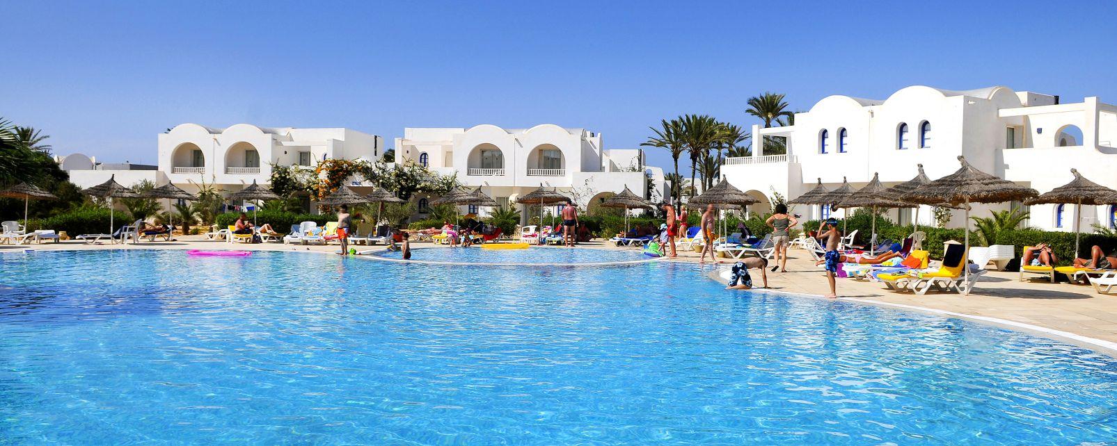 Hotel village sun club in djerba tunisia for Hotels djerba