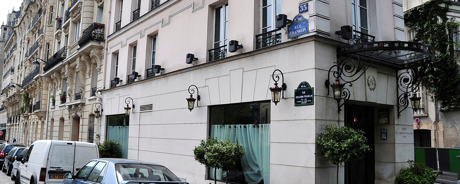 Hotel les jardins du trocadero paris for Hotel les jardins paris