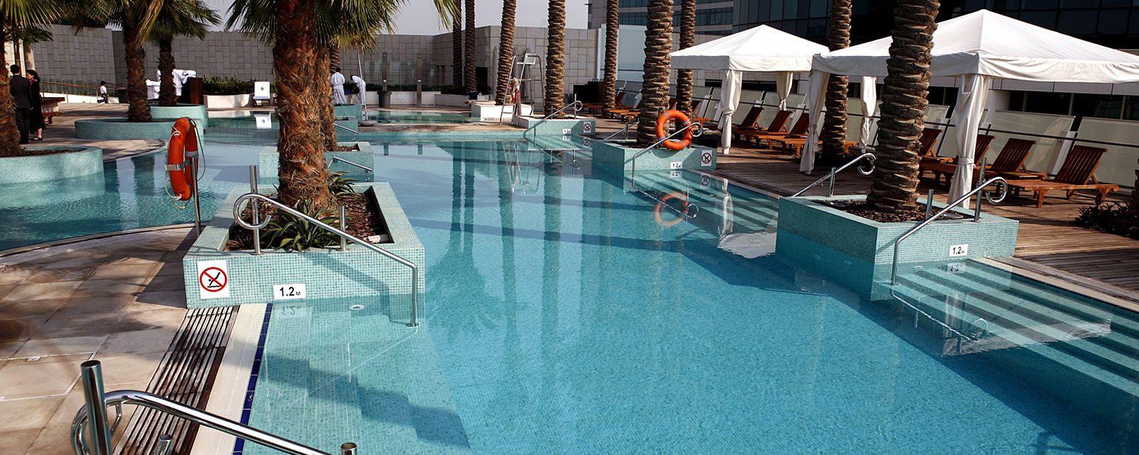 Hotel intercontinental dubai festival city in for Hotels in dubai city