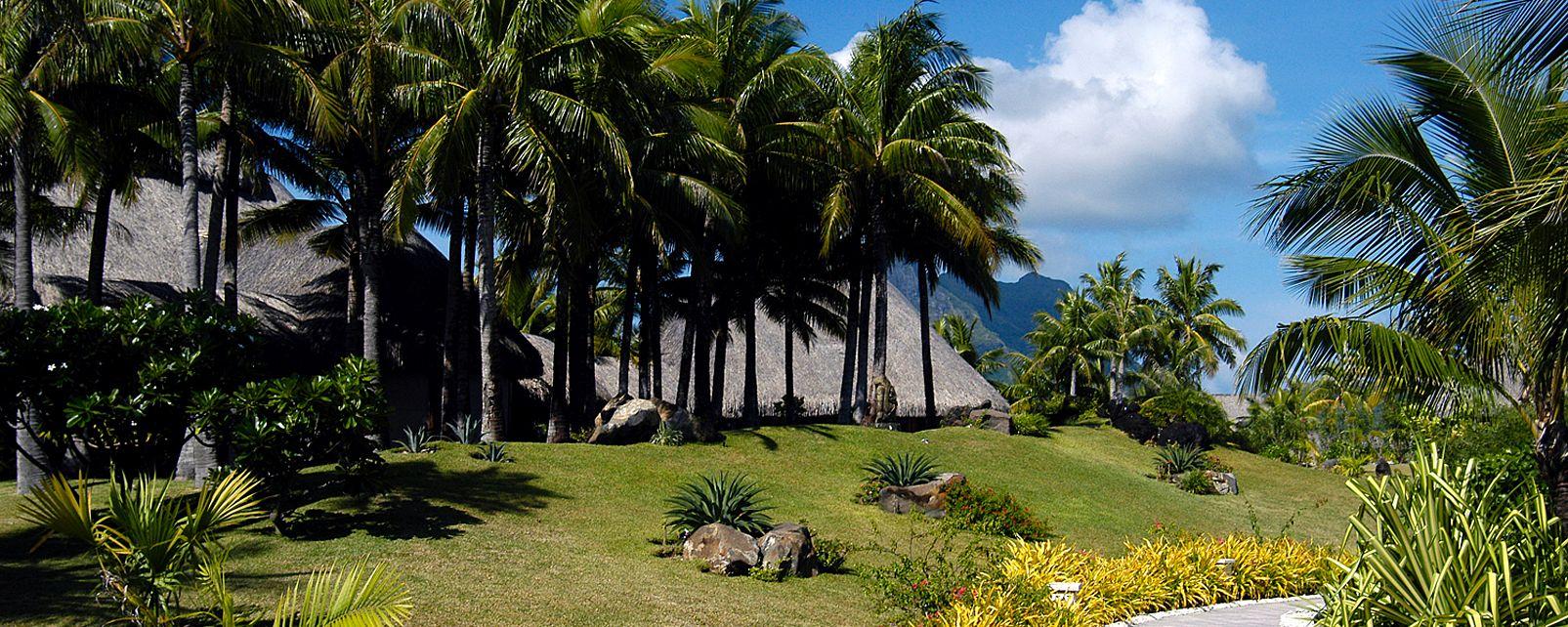 Hotel St Regis Bora Bora Resort