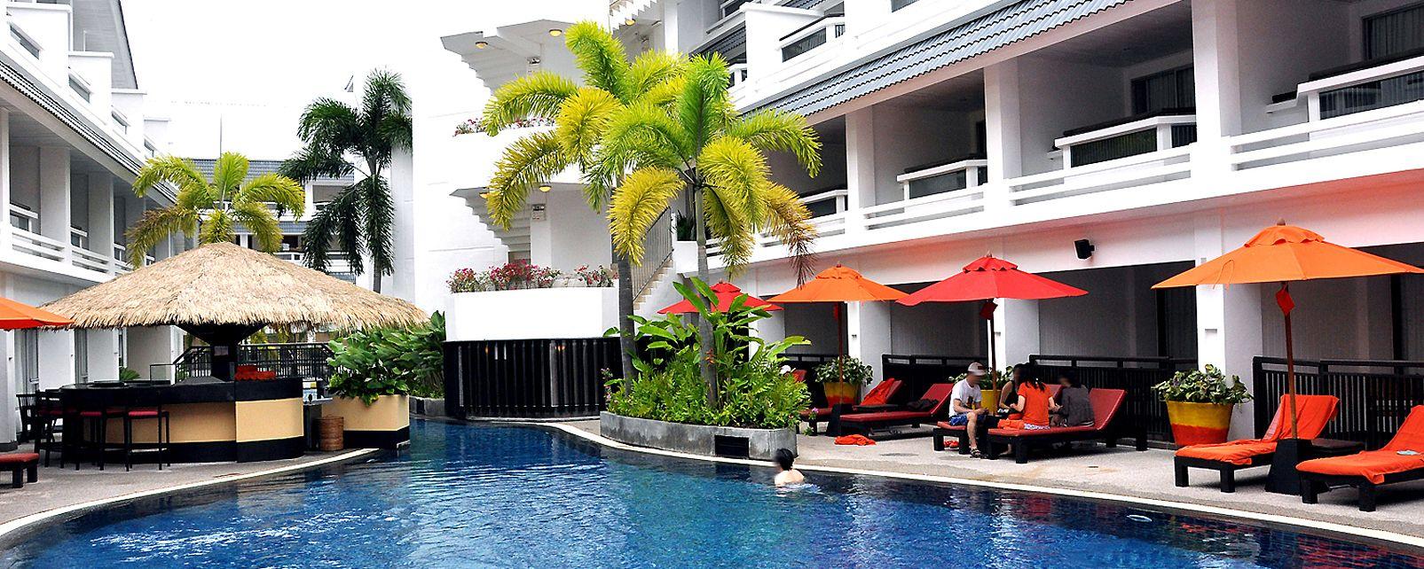 Hotel Courtyard Phuket at Patong Beach