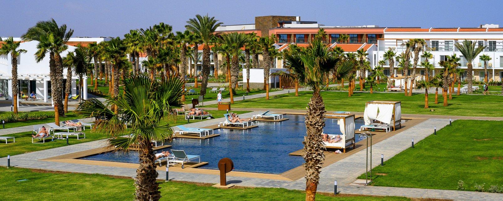 Hotel Crioula Club Resort