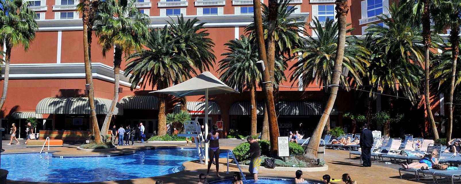 Hotel Ti Treasure Island And Casino In