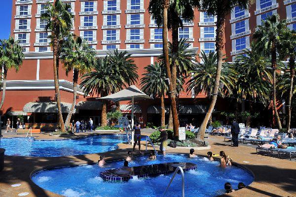 Hotel Ti Treasure Island Hotel And Casino In Las Vegas