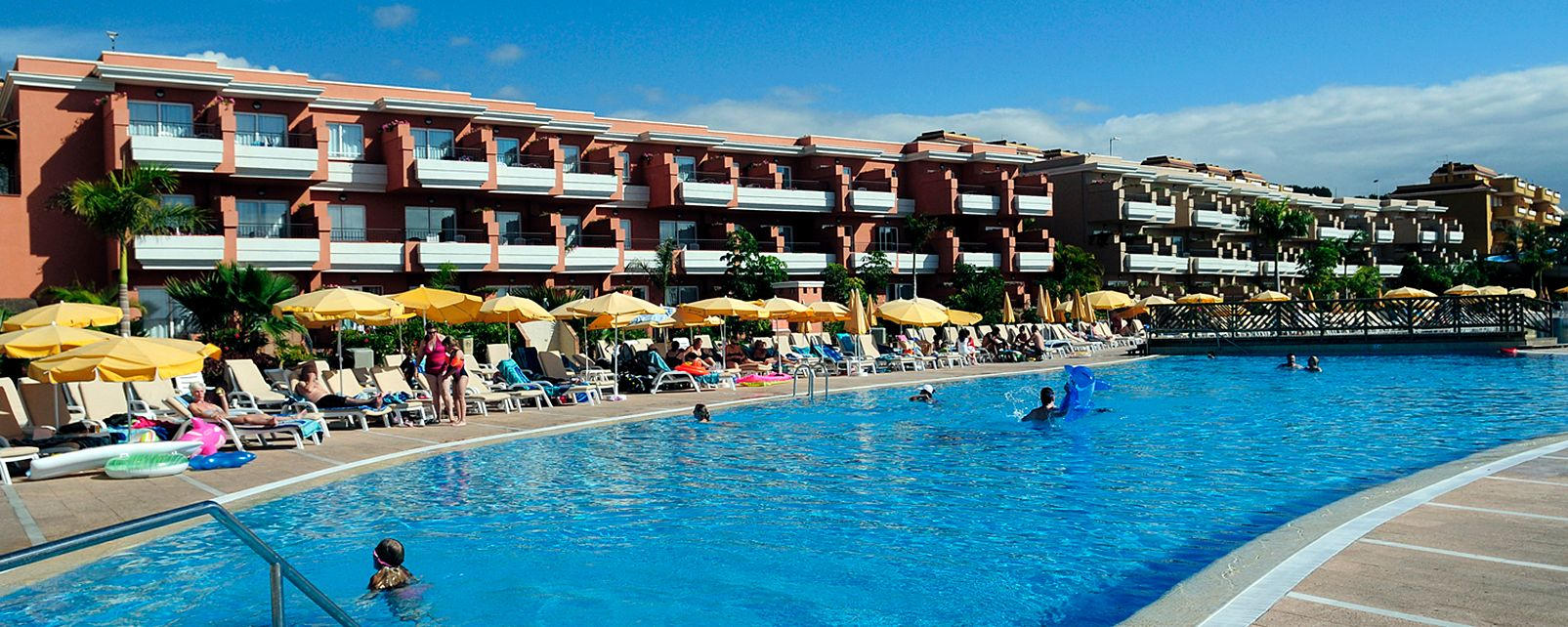 Hotel be live family costa los gigantes puerto de santiago spanien - Hotel be live family costa los gigantes puerto de santiago ...