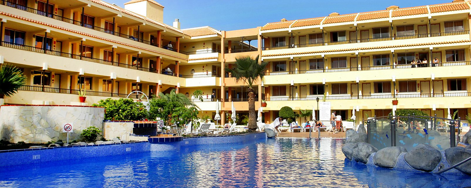 Hotel hovima jardin caleta in costa adeje spain for Costa jardin