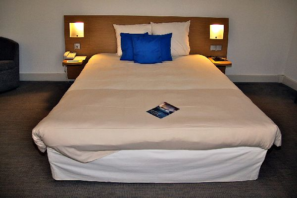 Hotel etap paris porte de montmartre parigi - Novotel paris porte d italie ...