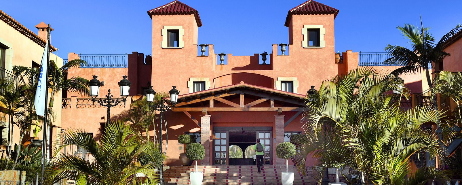 Splashworld Villa Mandi Golf Resort