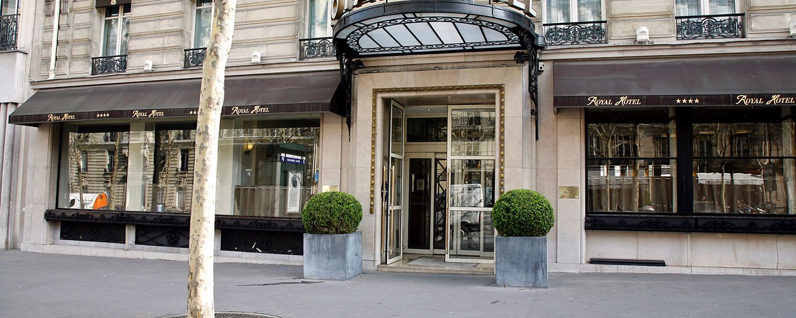 Hotel Royal Arc de Triomphe