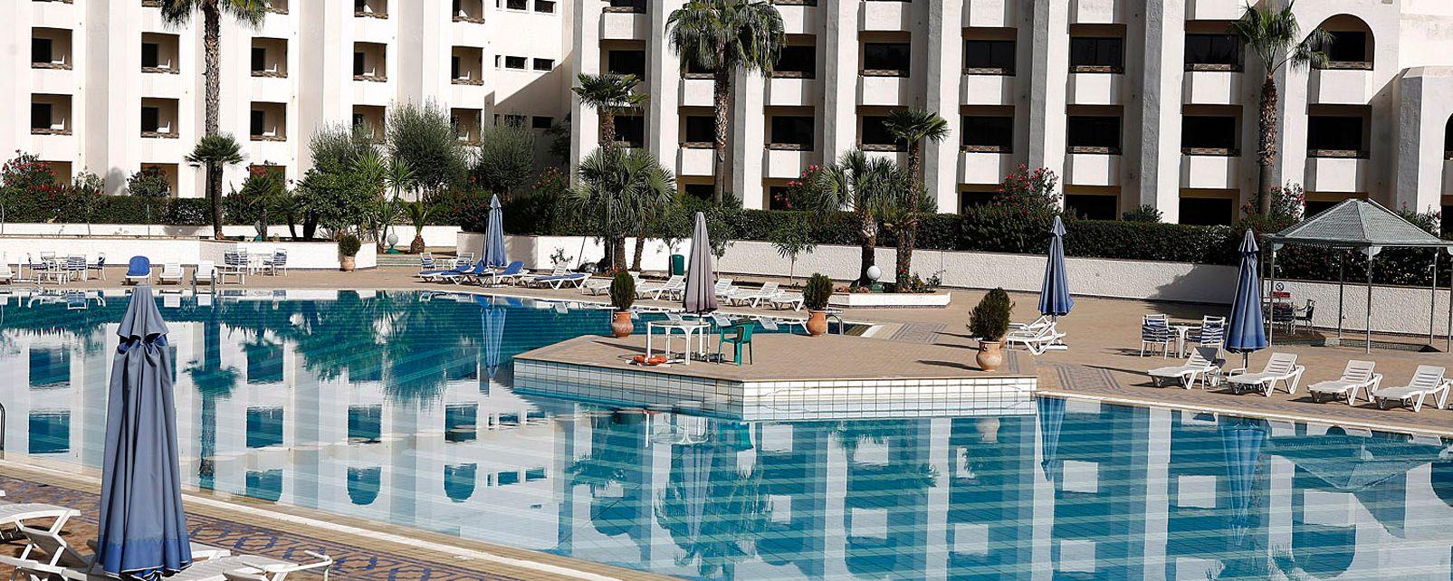 H tel jnane palace f s maroc for Hotel fes piscine