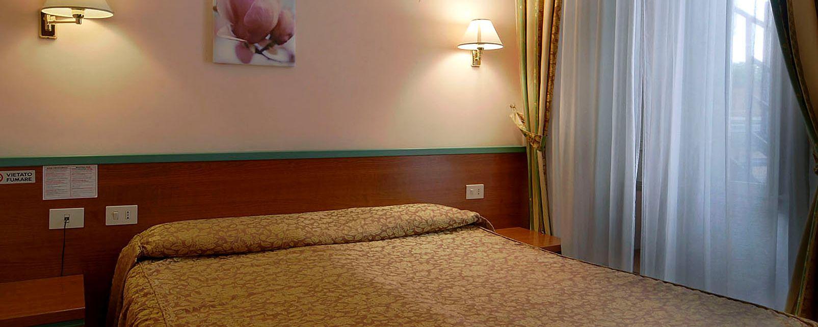Hotel CENTER 1