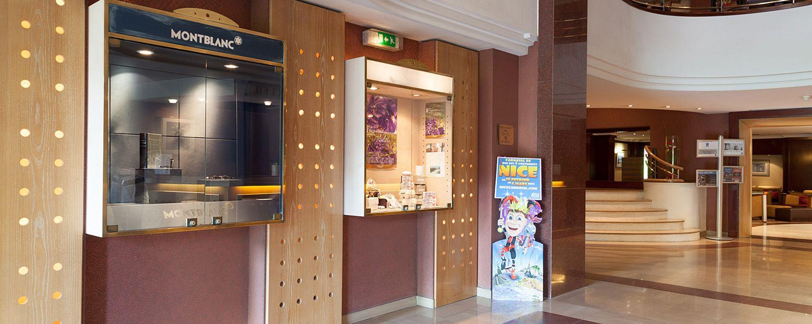 Hotel Grand Aston Hotel