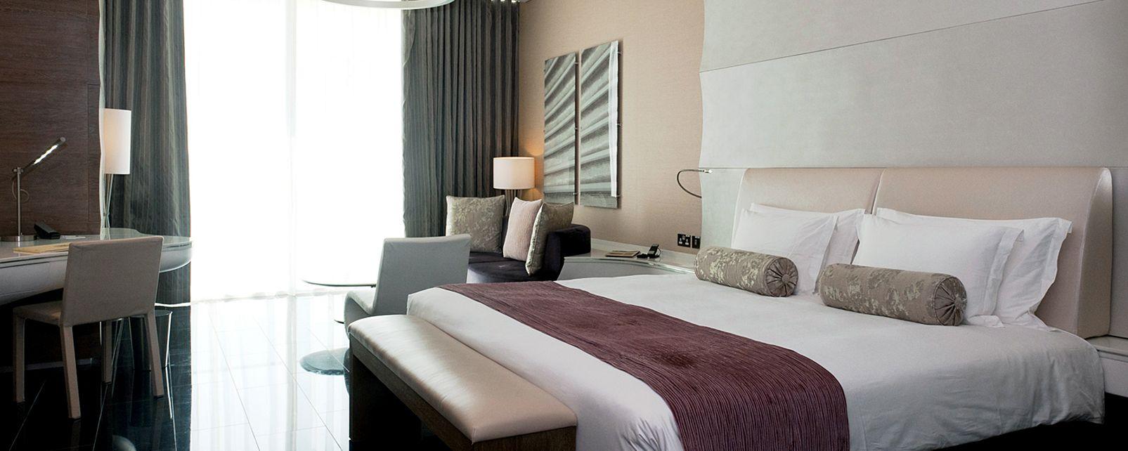 Hotel Yas Hotel