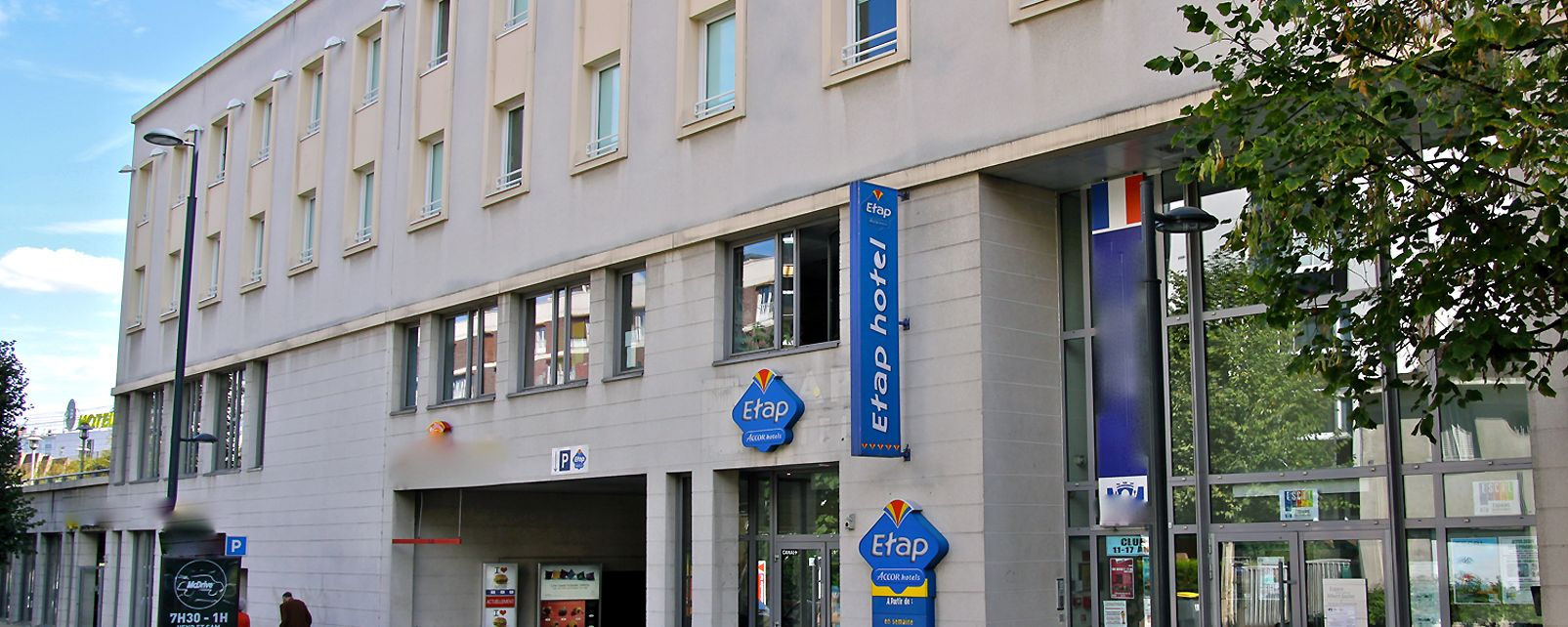 Paris Hotel Etap